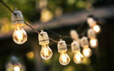 Đèn led thanh treo có chức năng điều khiển bằng giọng nói